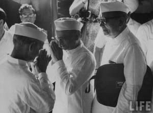 Shastri (Left) and Desai (Center) shortly after Shastri is chosen as the Prime Minister