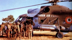 Indian soldiers prepare for Operation Pawan